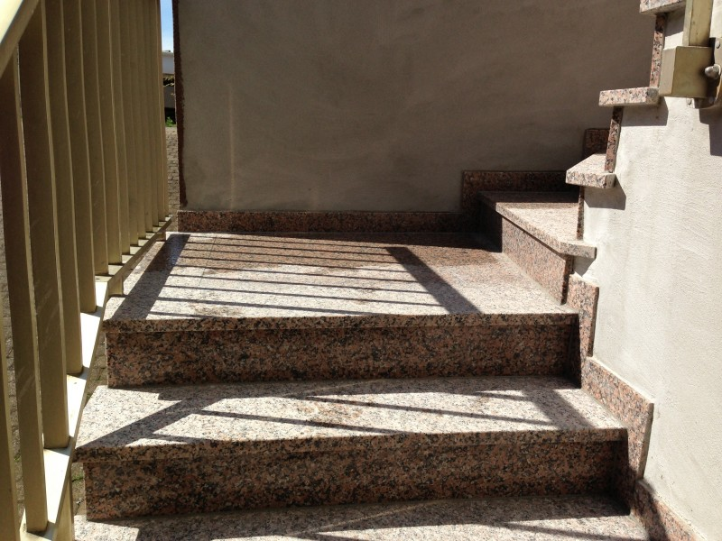 Escalier et terrasse en granit - Munwiller
